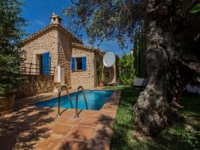 Villa in Deià